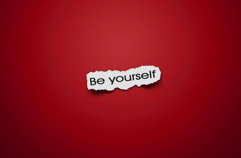be-yourself-on-piece-of-paper-short-note