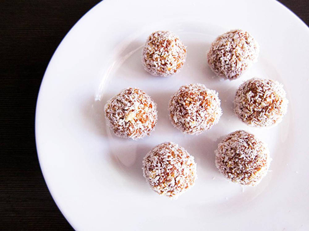 coconuts-energyballs